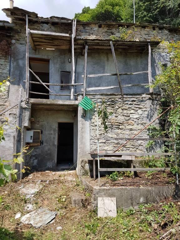 Foto 1 di Rustico / Casale contrada Prato Botrile, Condove