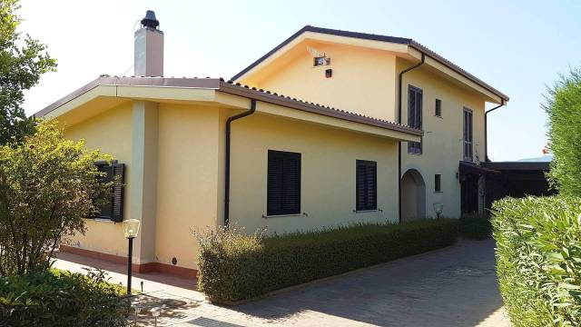 Villa-Villetta Vendita Montepaone