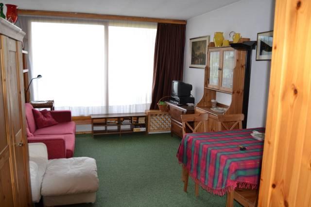 Appartamento in ottime condizioni arredato in affitto Rif. 4330581