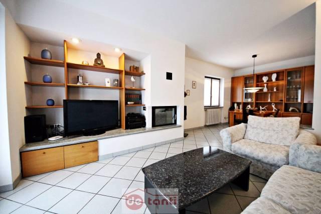 Soluzione Indipendente in vendita a Prata Camportaccio, 5 locali, prezzo € 245.000 | CambioCasa.it