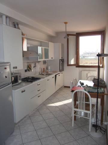 Appartamento in buone condizioni in vendita Rif. 4378676