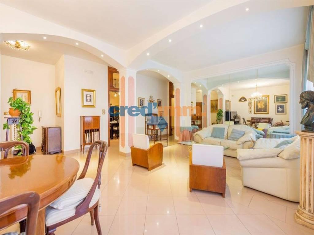 Appartamento 5 locali in vendita a Bisceglie (BT)