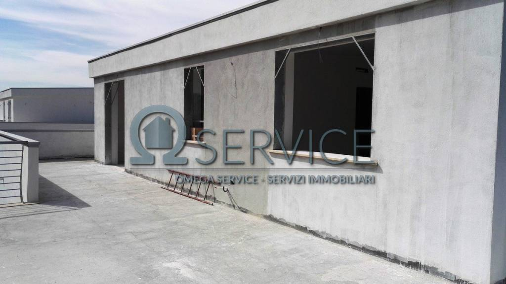 Attico panoramico nuova costruzione Centurano/Parco Cerasole