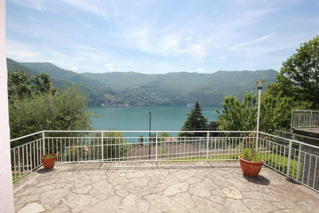 Villa in vendita a Laglio, 4 locali, prezzo € 465.000 | PortaleAgenzieImmobiliari.it