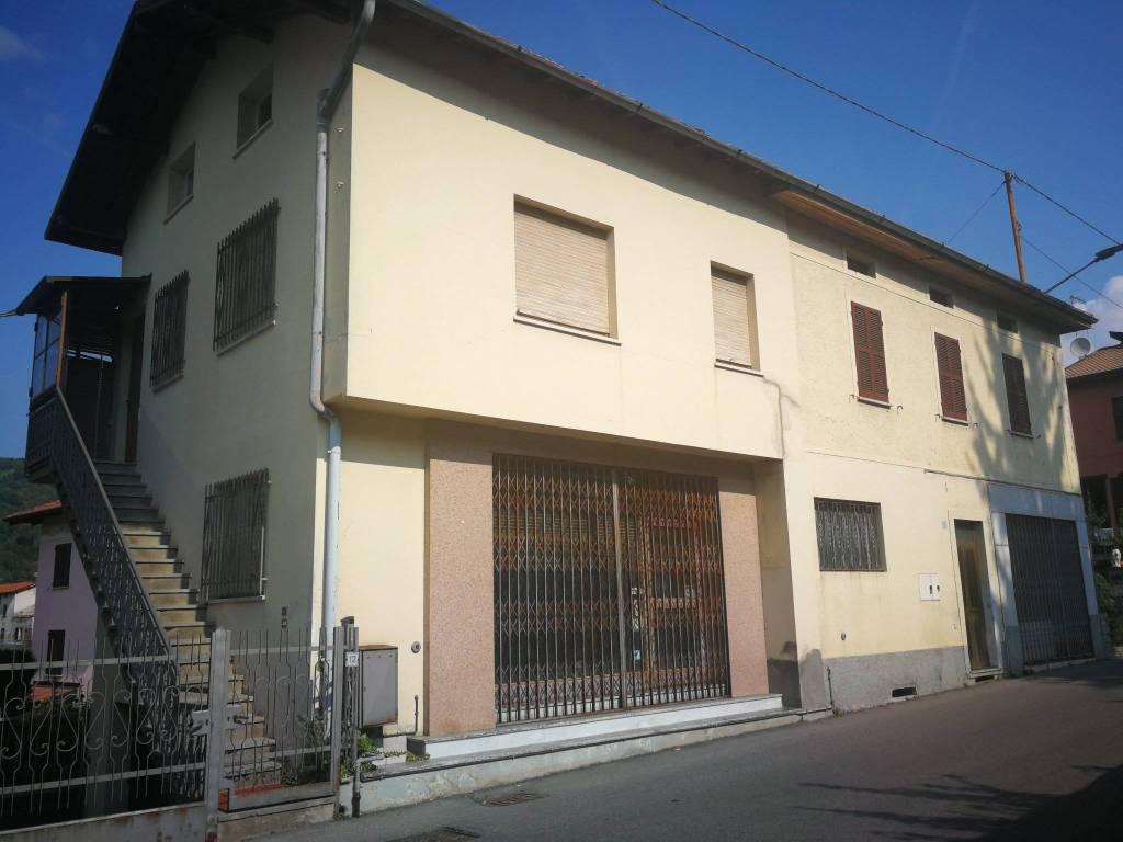 Soluzione Indipendente in vendita a Laino, 6 locali, prezzo € 90.000 | PortaleAgenzieImmobiliari.it