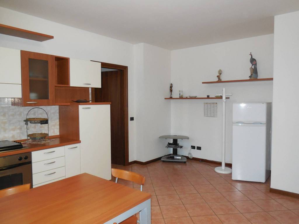 Appartamento in ottime condizioni arredato in vendita Rif. 5007567