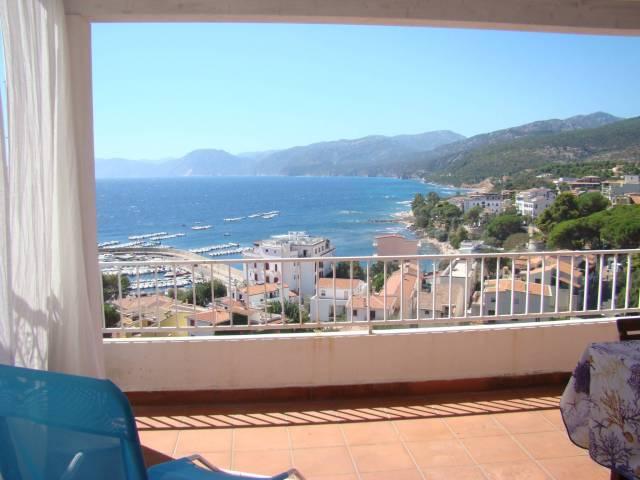 Appartamento in buone condizioni arredato in vendita Rif. 4184580