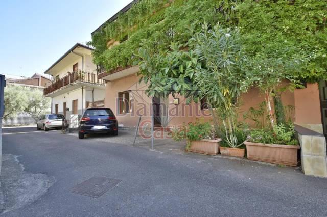 Appartamento da ristrutturare in vendita Rif. 6563202