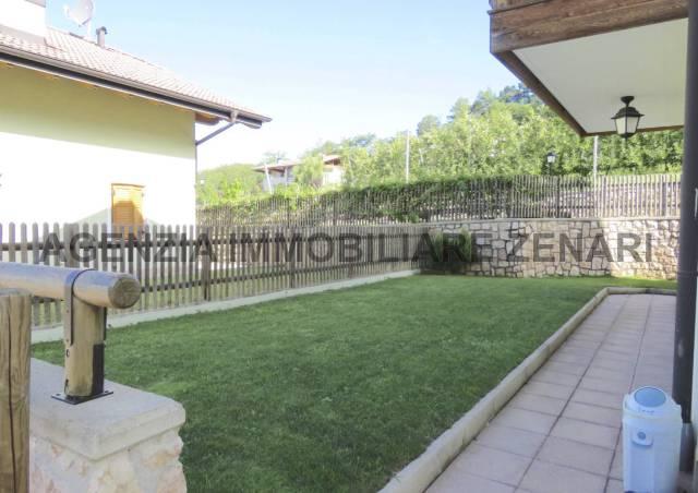 Appartamento in ottime condizioni in vendita Rif. 4598359