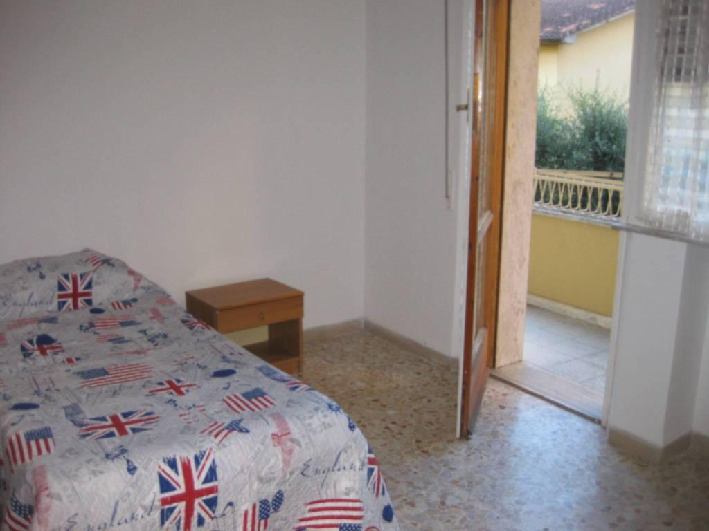 Appartamento in buone condizioni arredato in affitto Rif. 7968645