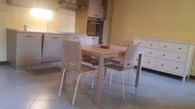Appartamento in affitto a Padova, 4 locali, zona Zona: 1 . Centro, prezzo € 1.100 | Cambio Casa.it