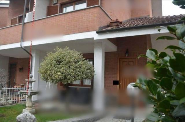 Villa a Schiera in Vendita a Borgaro Torinese