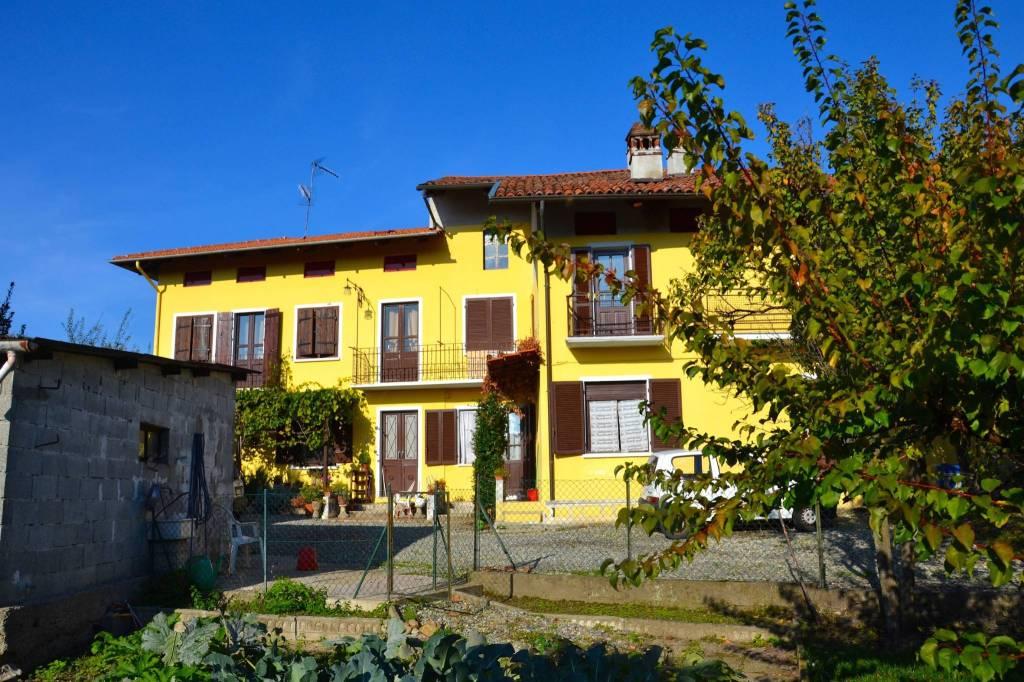 Casa Indipendente in buone condizioni in vendita Rif. 4973115