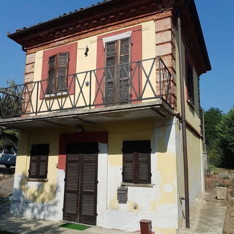 Villa in affitto a Rocca d'Arazzo, 2 locali, prezzo € 250 | CambioCasa.it