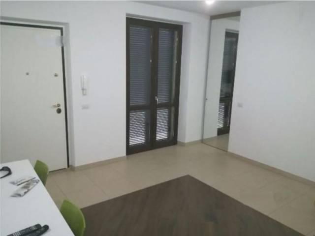 Appartamento in buone condizioni arredato in vendita Rif. 4231359
