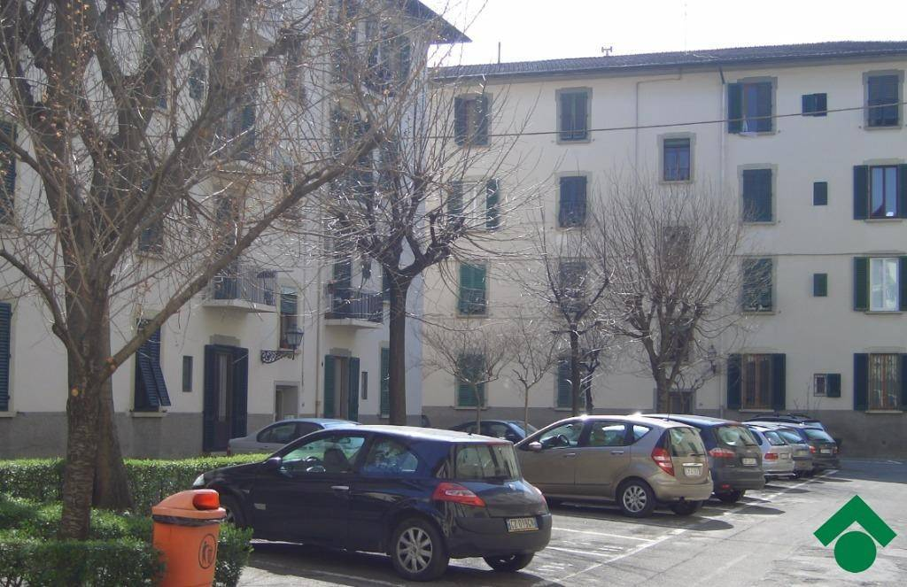 Appartamento in vendita 4 vani 90 mq.  via Bronzino, 45 Firenze