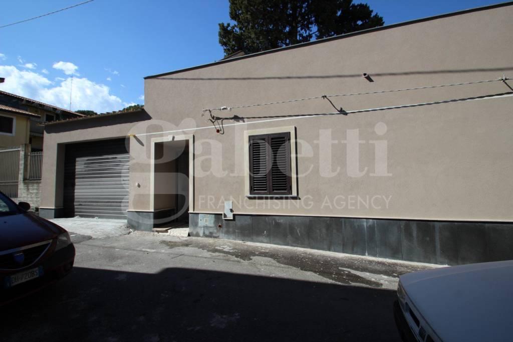 Villa in ottime condizioni in vendita Rif. 8425583