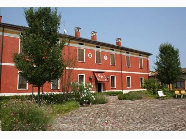 Immobile Commerciale in vendita a Marcaria, 6 locali, prezzo € 322.735 | CambioCasa.it