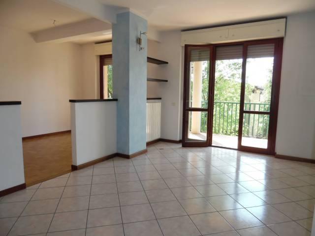 Appartamento quadrilocale in vendita a Seriate (BG)