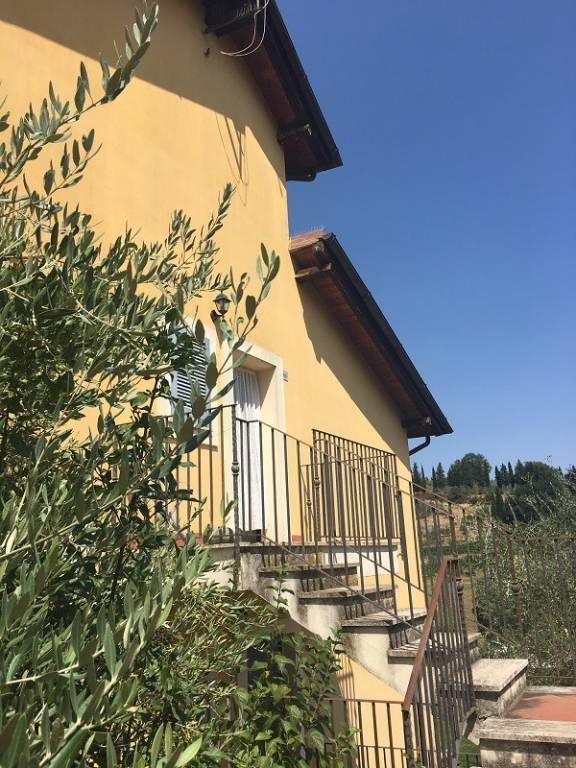 Appartamento in vendita a Cetona, 5 locali, prezzo € 160.000 | PortaleAgenzieImmobiliari.it
