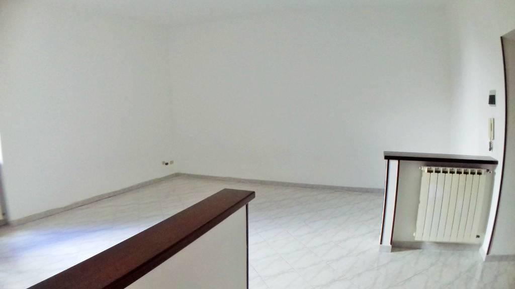 Appartamento in vendita a Gavi, 4 locali, prezzo € 85.000 | CambioCasa.it