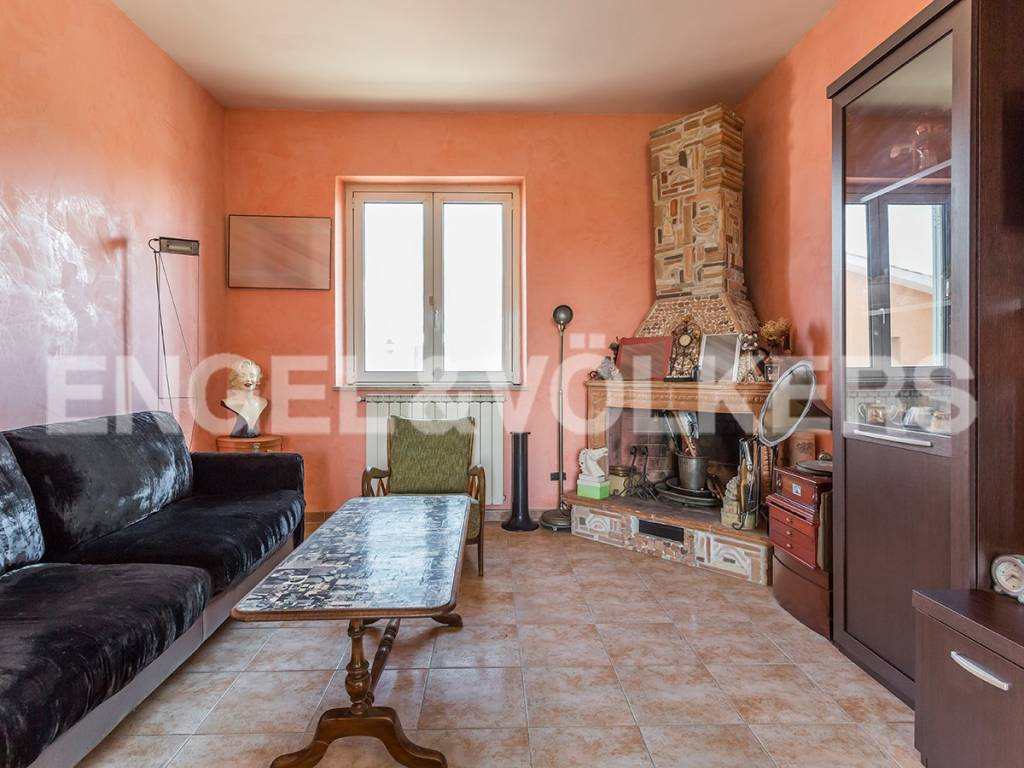 Appartamento in Vendita a Roma 27 Ostia / Ostia Antica: 3 locali, 122 mq