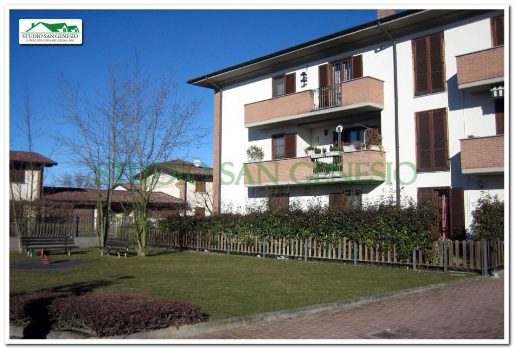 Appartamento in ottime condizioni in vendita Rif. 4913372
