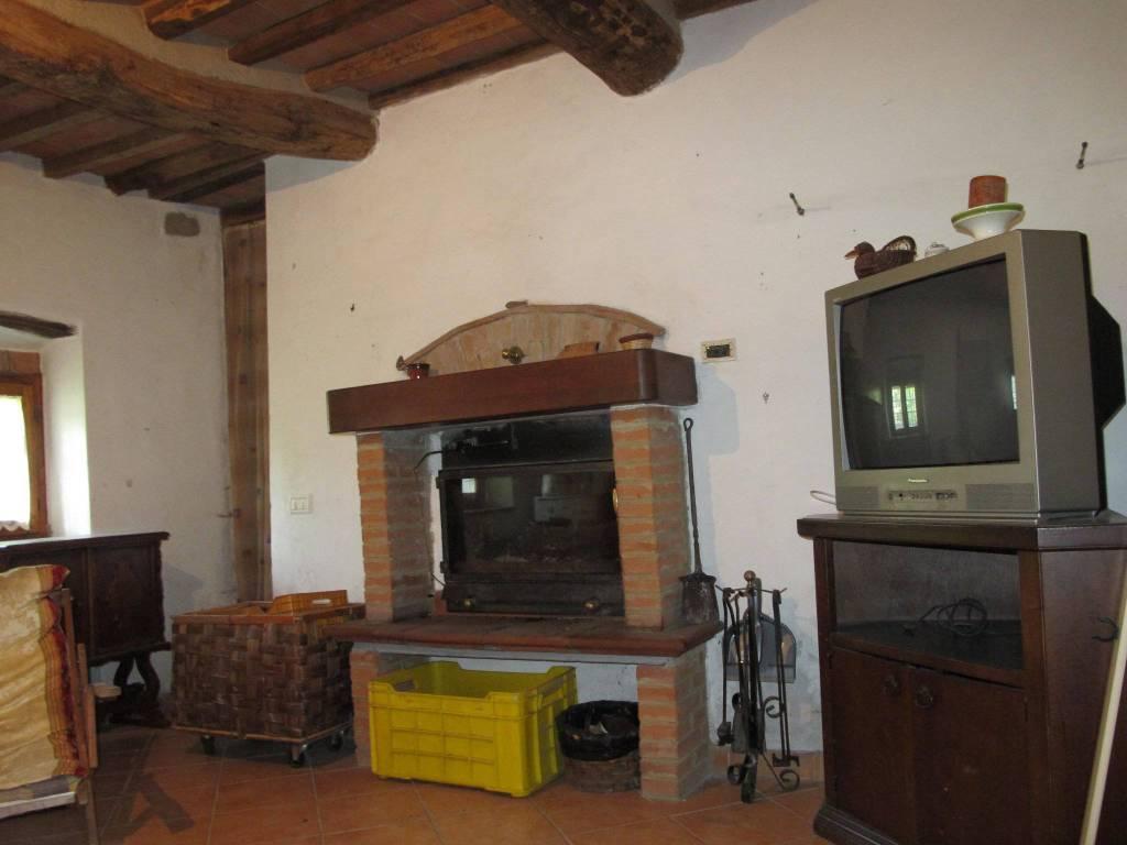Casa indipendente in Affitto a Marliana Periferia:  4 locali, 101 mq  - Foto 1
