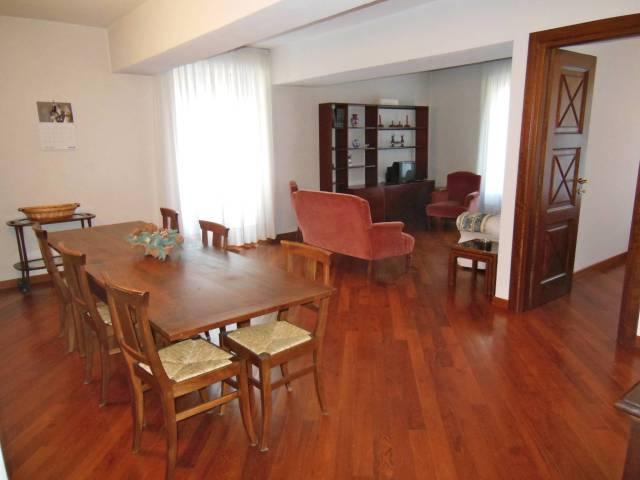 Appartamento in ottime condizioni in affitto Rif. 4431889