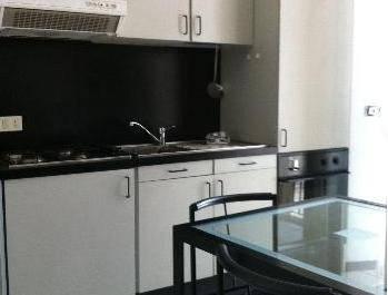Appartamento in buone condizioni arredato in affitto Rif. 9291408