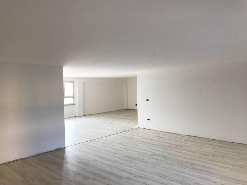Ufficio / Studio in vendita a Bagnolo San Vito, 2 locali, prezzo € 69.000 | PortaleAgenzieImmobiliari.it