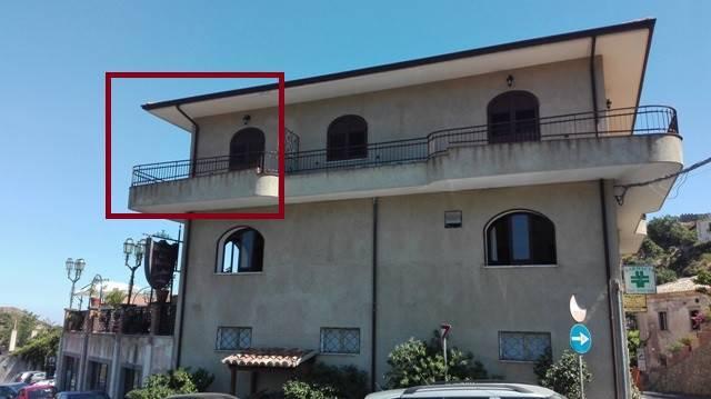Appartamento in buone condizioni in vendita Rif. 4455867