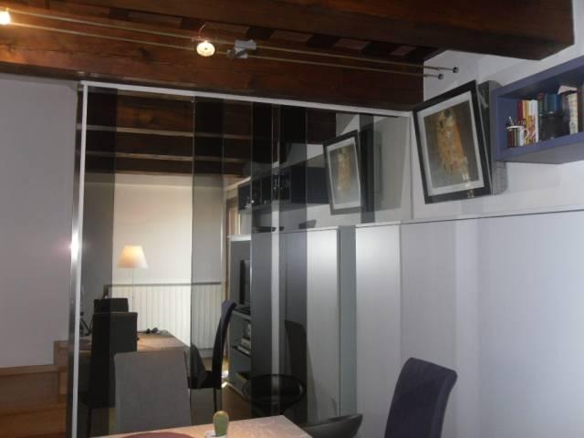 POGGIO A CAIANO attico centralissimo con ascensore