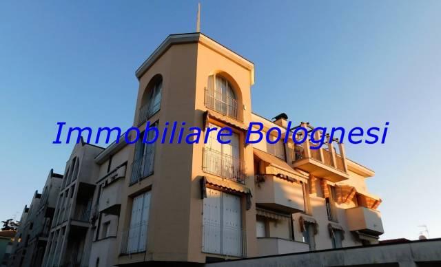 Appartamento in vendita a Lonate Pozzolo, 3 locali, prezzo € 139.000 | CambioCasa.it