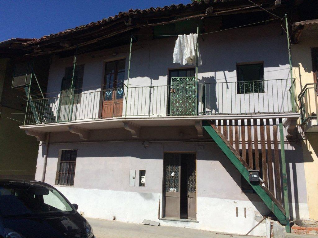 Rustico / Casale da ristrutturare in vendita Rif. 6378212