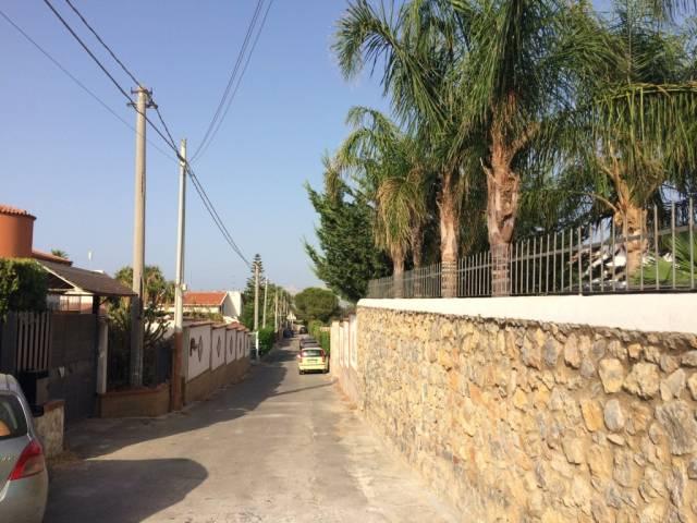 Villa in Vendita a Carini Centro: 4 locali, 149 mq
