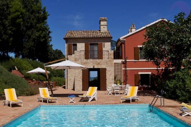 Villa 6 locali in vendita a Senigallia (AN)