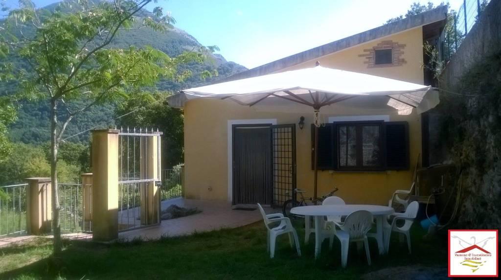 Villa in vendita a Maratea, 5 locali, prezzo € 99.000 | CambioCasa.it