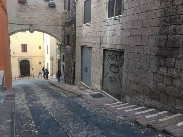 Negozio-locale in Vendita a Perugia:  2 locali, 21 mq  - Foto 1