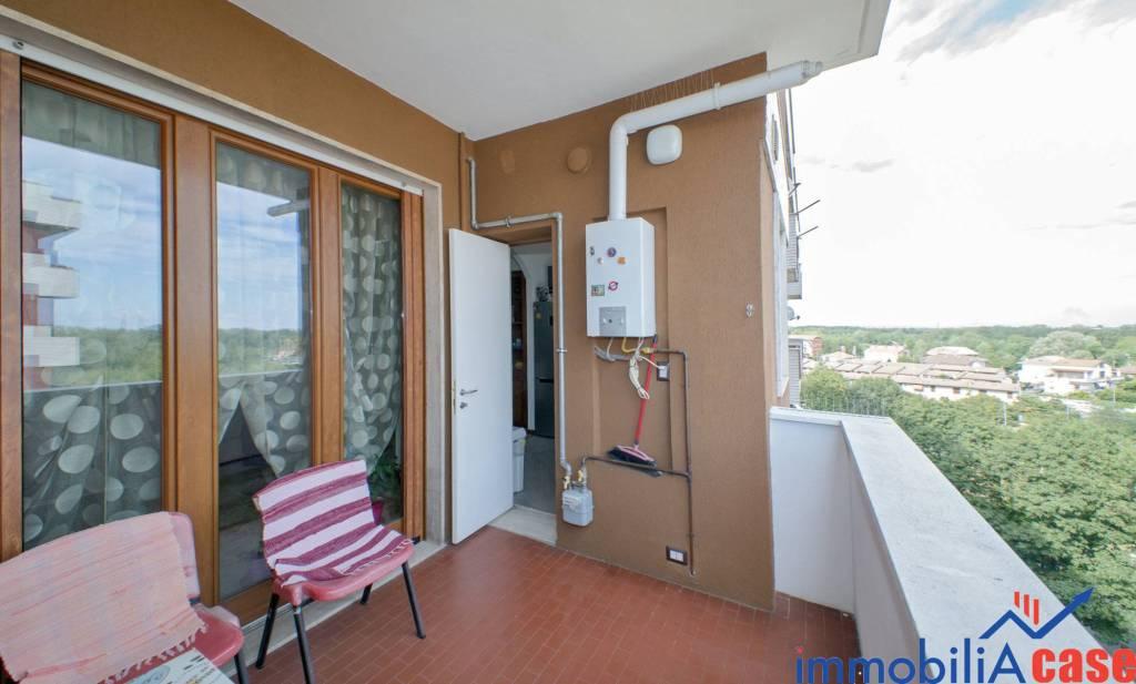 Appartamento in ottime condizioni in vendita Rif. 8664861