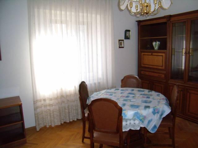 Appartamento trilocale in affitto a Muggia (TS)