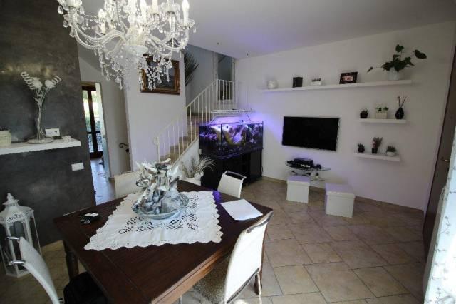 Villa 5 locali in vendita a Santa Croce sull'Arno (PI)