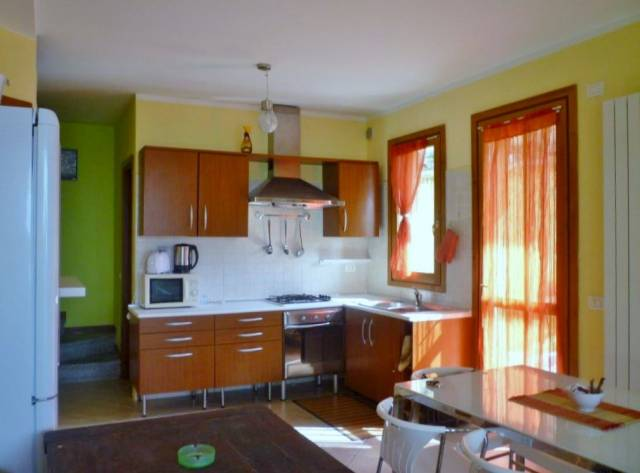 Villa trilocale in vendita a Perledo (LC)-13