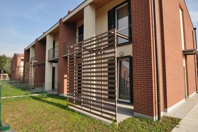 Villa 5 locali in vendita a Costa Masnaga (LC)