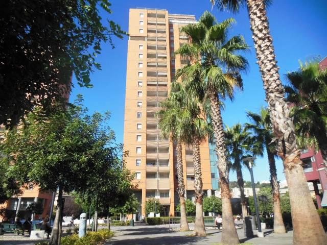Appartamento trilocale in affitto a Genova (GE)