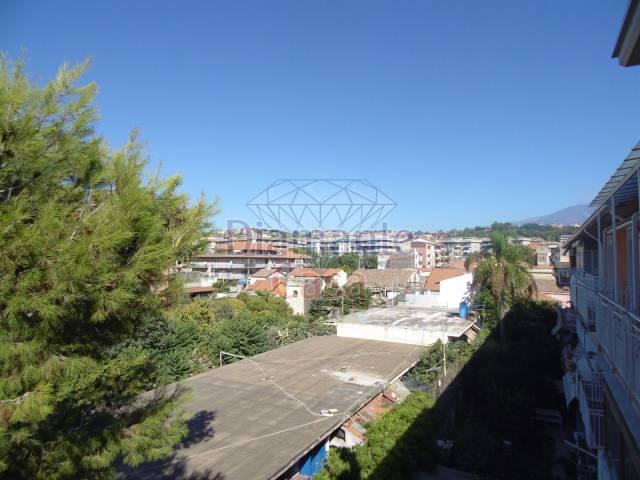 Appartamento in Vendita a Catania Periferia:  5 locali, 150 mq  - Foto 1