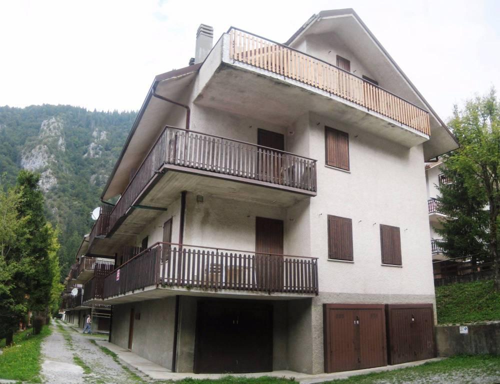 Appartamento bilocale in vendita a Piazzatorre (BG)