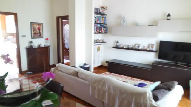 Appartamento in vendita a Vercelli, 3 locali, prezzo € 95.000 | CambioCasa.it