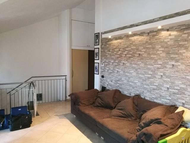 Appartamento in ottime condizioni in vendita Rif. 4408843