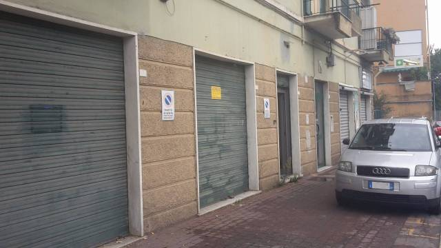 Negozio-locale in Vendita a Genova Semicentro Nord: 1 locali, 30 mq
